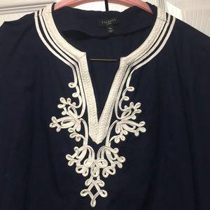 EUC Talbots Embroidered Navy Tunic